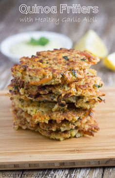quinoa fritters with a healthy garlic aioli #paleo