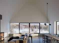 House by Pelletier de Fontenay, Canada