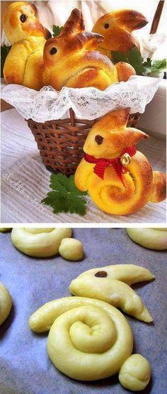 Amennyiben a húsvéti kelt kalácsot nyuszi, vagy bárányka formában szeretnéd megsütni, íme a minta, hogyan alakítsd a sütőpapíron a tésztát ...