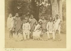 Group family photo of Muslims, 1890s