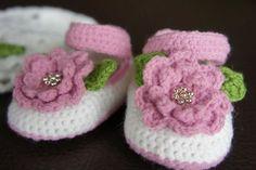 Cute cute cute little slippers for a girl