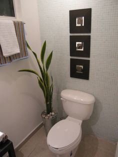 Ikea malma mirrors and vase for half bath Decor, Home Diy, Bath Inspiration, Bathroom Shelf Decor, Ikea Mirror Hack, Kitchen Decor, Ikea Mirror, Small Space Bathroom, Ikea