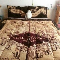 Harry Potter bed sheets with a Hedwig plushie