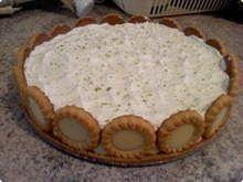 Lemon pie is a perfect choice for dessert :: Torta de limão é uma escolha perfeita para a sobremesa