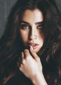 Lauren Jauregui for Cosmopolitan magazine