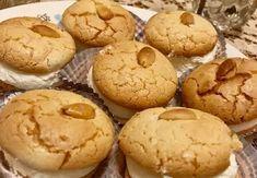 Συνταγή για Μακαρόν με φανταστική κρέμα. Greek Sweets, Greek Desserts, Greek Recipes, Greek Cookies, Almond Cookies, Cake Cookies, Sweets Recipes, Brownie Recipes, Cookie Recipes