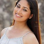 Yami Gautam was born on 28th November and is a Chandigarh gal. She is a popular Television actress who has ventured into Bollywood movies recently. Yami has even been a part of a successful Kannada movie Ullasa Utsaha. She has acted in television series like Chand Ke Paar Chalo, Raajkumar Aaryyan and Yeh Pyar Na Hoga Kam.In 2011, Yami entered Telugu Film Industry and essayed the lead role in Ravi Babu's Nuvvila. <br> itimes.com