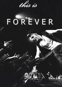 Justin And Beliebers = Family <3 <3 <3