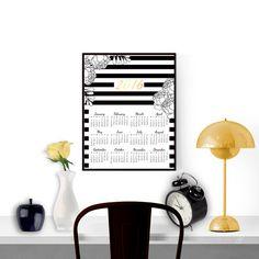 Printable 2016 calendar Yearly wall calendar por ObsessedByCreation 2016 Calendar, Yearly Calendar, Desk Calendars, Office Ideas, Printables, Etsy, Wall, Home Decor, Calendar Wall