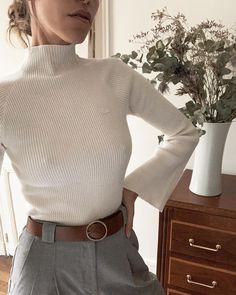 40 The Best Minimal Chic Outfits Home in Fashion Mode Outfits, Chic Outfits, Fall Outfits, Fashion Outfits, Womens Fashion, Classy Outfits, Summer Outfits, Look Fashion, Winter Fashion