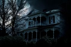 Check out these scary & high-tech haunted houses!