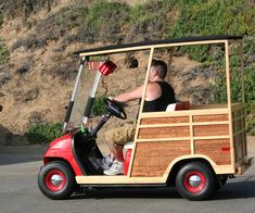 Tips on Buying a Custom Golf Cart Used Golf Carts, Golf Carts For Sale, Custom Golf Carts, Golf Cart Covers, Crazy Golf, Golf Training, Go Kart, My Ride, Ladies Golf