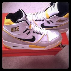 Nike Air Assualt HiTops Great Condition Only worn twice Nike Shoes Sneakers