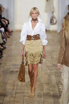 Ralph Lauren, love this look. May I please have her legs? Look Fashion, Autumn Fashion, Fashion Outfits, Womens Fashion, Fashion Trends, Ladies Fashion, Fashion Clothes, Estilo Folk, Estilo Hippie Chic