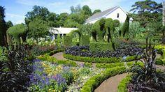 Green Animals Topiary Garden in Portsmouth, Rhode Island Beautiful Home Gardens, Beautiful Flowers Garden, Beautiful Homes, Most Beautiful, Pretty Flowers, Topiary Plants, Topiary Garden, Portsmouth, Rhode Island