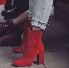 48 Fabulous Fashion High Heels For Teen Girls - Schuhe - Look Fashion, Fashion Shoes, Autumn Fashion, Womens Fashion, Fashion Black, Petite Fashion, Fashion 2018, Curvy Fashion, Ladies Fashion