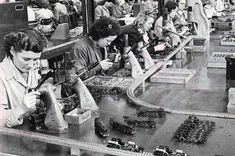 Production On Hornby Trains At The Meccano Factory Poster Liverpool History, Liverpool City, Modern Metropolis, The Good Old Days, Old Town, Nostalgia, Past, How To Memorize Things, Trains