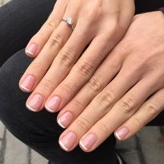 sns healthy natural nails colors - - 5 practical ways to apply nail polish without errors Es ist fast eine Prüfung, N French Manicure Nails, Shellac Nails, Manicure And Pedicure, Short Nail Manicure, Gel Manicures, French Pedicure, Manicure Ideas, Cute Nails, Nail Ideas