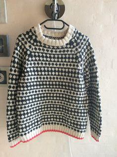 Mads Nørgaard sweater. Strikket i Peruvian highland.