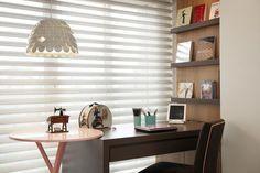 Home office assinado por Sartori Design.