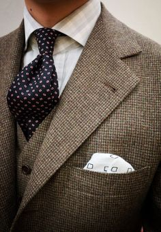 Classic, cold weather perfect tweed. #suit #tweed #menswear #fashion