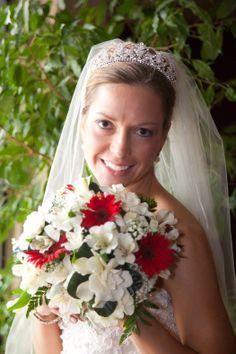 Happiness.  Gordon Florist Baltimore Wedding Bouquets, Wedding Flowers, Baltimore, Special Day, Happiness, Crown, Fashion, Corona, Moda