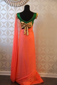 Peach Pink double shaded chiffon saree with bottle green raw Choli Blouse Design, Netted Blouse Designs, Saree Blouse Neck Designs, Fancy Blouse Designs, Stylish Sarees, Dress Indian Style, Indian Designer Outfits, Blouses, Chiffon Saree