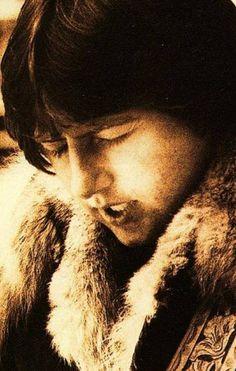 ❄️ Oo°~   ♥~°oO ❄️ : Photo Greg Lake, Emerson Lake & Palmer, Lake Photos, Marine Blue, Beautiful Voice, Joy And Happiness, Lake Life, Kinds Of Music, Fangirl