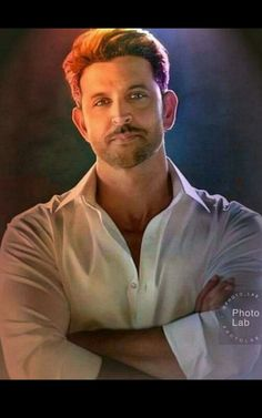 Indian Bollywood Actors, Bollywood Stars, Beautiful Celebrities, Gorgeous Men, Hrithik Roshan Hairstyle, Surya Actor, Michael Jackson Art, Galaxy Pictures, My Big Love