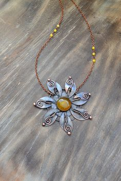 Copper handmade yellow sun-flower onyx by TanyaKolyada on Etsy Mixed Metal Jewelry, Metal Clay Jewelry, Enamel Jewelry, Copper Jewelry, Wire Jewelry, Pendant Jewelry, Jewelry Crafts, Jewelry Art, Jewelry Accessories