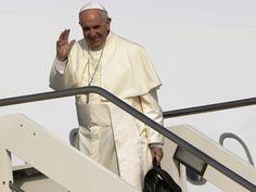 Ya vuela hacia Cuba el Papa Francisco | Papa Francisco en Cuba