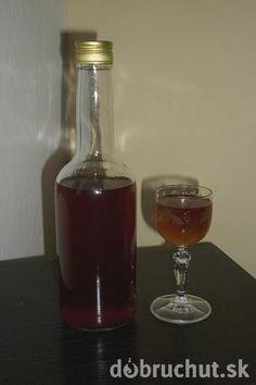 Domáca Becherovka Cocktail Recipes, Cocktails, Cordial, Wine Decanter, Fun Drinks, Vodka, Barware, Drinking, Smoothie
