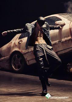 [스타캐스트] 'Young, Wild & Free'한 B.A.P의 뮤직비디오 촬영장 엿보기! :: 네이버 TV연예