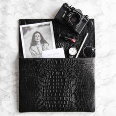 CHYLAK (@chylak.bags) • Zdjęcia i filmy na Instagramie Laptop Case, Lifestyle Photography, Polaroid Film, Clothes, Instagram, Outfits, Clothing, Kleding, Outfit Posts