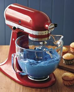 Williams-Sonoma Baking Tip: Making Frosting from Scratch
