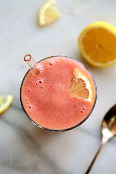 Creamy Pink Lemonade Smoothie (lemons or lemon juice, frozen strawberries)