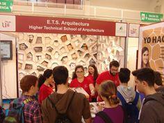 Salón de Estudiantes y Ferisport. Realizado por estudiantes de la ETSA (Juan Manuel Ortiz, Antonio Figueroa, Jose María Viloca y Jose Miguel Hernández).