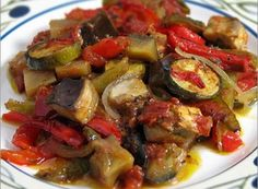 Meatless Monday: When it's time for comfort food, remember ratatouille Comfort Foods, Vegetarian Recipes, Healthy Recipes, Protein Recipes, French Dishes, Ideal Protein, Side Dishes, Healthy Eating, Favorite Recipes