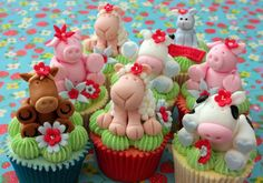 Cute farm animals on cupcakes. So sweet! // by Scrumptious Buns Farm Animal Cupcakes, Animal Cakes, Easter Cupcakes, Party Cupcakes, Cupcake Art, Cupcake Cookies, Fancy Cakes, Cute Cakes, Decors Pate A Sucre