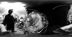 Parnass. Aus der Serie Mnemosyne. 2013  Rotierende Raumcollage aus Draht, Papier, Klebeband, Schnur, digital Druck und Schwarzlicht Skulptur, Objekt, Video, Installation, Fotografie Markus Wintersberger 2013  #markuswintersberger #mnemosyne #erinnerung #parnass #medienwerkstatt006 #skulpturinbewegung #raumcollage #schwarzlicht #musensitz #objekt #austria #vienna #hieronymusbosch #fixstern #ricohtheta