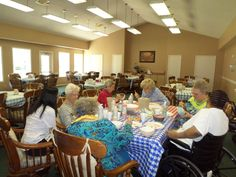 Painting bowls for Good Samaratain! Mary Perez, Sybal Weber, Juanita Parsons, Molly Sears, Helen Cooper, Linda Rivers and Cherita Selcer.