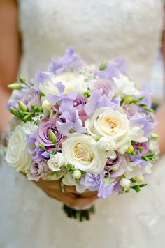 Avalanche, Memory Lane & Silverado Roses with Sweetpeas bridal bouquet