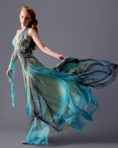 Fairy dress - this is AWESOME. It looks like she's wearing water. Beautiful Gowns, Beautiful Outfits, Cool Outfits, Gorgeous Dress, Dress Up, Dress Prom, Lace Dress, Fairy Dress, Fantasy Dress