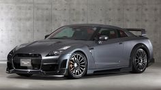 Tommy Kaira Nissan GT-R Silver Wolf Edition