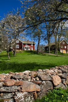 Sweden - Åsens By, Småland in spring Swedish Cottage, Red Cottage, Swedish House, Scandinavian Countries, Scandinavian Home, Welcome To Sweden, Beautiful Homes, Beautiful Places, Sweden Travel