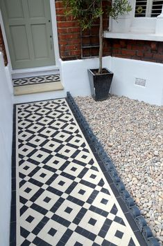 front garden Plastered rendered front garden wall painted white metal wrought iron rail and gate victorian mosaic tile path in black and white scottish pebbles York stone balham london Front Gardens, Victorian Front Garden, Front Door, Front Garden Path, Victorian Terrace, Porch Tile, Front Garden, White Mosaic Tiles, House Front
