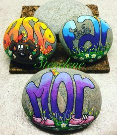 By Lene Mortensen Rock Crafts, Diy And Crafts, Arts And Crafts, Robert Rock, Ladybug Rocks, Painted Rocks, Hand Painted, Inspirational Rocks, Posca Art