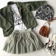 Kinder Style Guide – Vintage Fundstücke – Taylor Joelle - New Sites Little Girl Outfits, Cute Outfits For Kids, Little Girl Fashion, Toddler Outfits, Toddler Girl Style, Toddler Fashion, Kids Fashion, Toddler Girls, Preteen Fashion