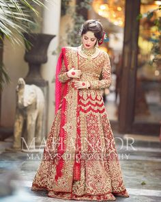 New Bridal Photoshoot of Awesome Neelum Muneer Pakistani Bridal Lehenga, Pakistani Wedding Outfits, Pakistani Dresses Casual, Indian Bridal Outfits, Pakistani Dress Design, Indian Dresses, Pakistani Clothing, Shadi Dresses, Lengha Choli