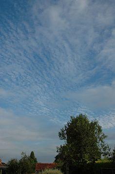 Sky over Bristol by Simon Lexton, via Flickr